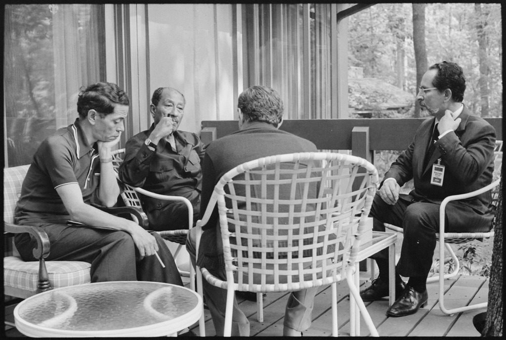 Conversation between the US and Egyptian Delegations at Camp David